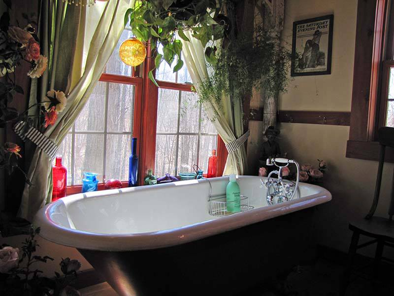 -kelly-reed-claw-tub